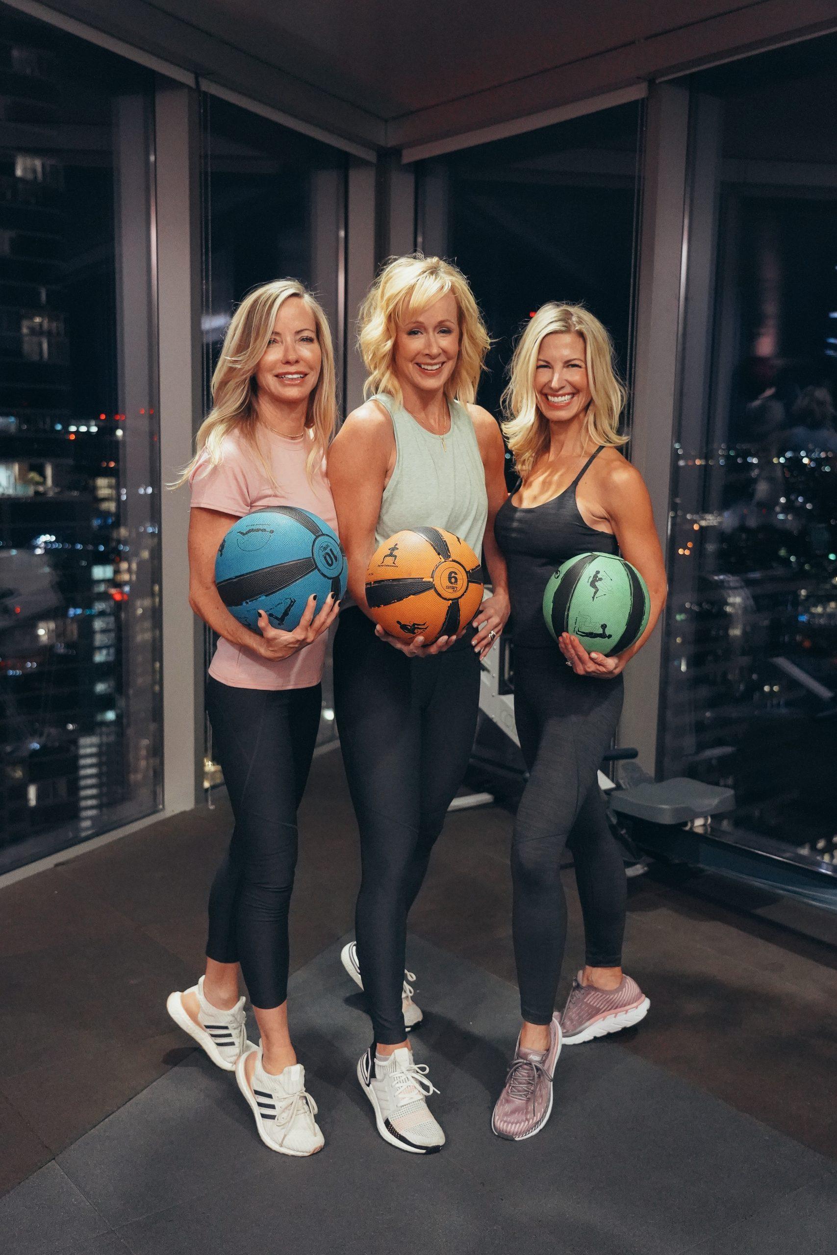 workout clothes, workout girls